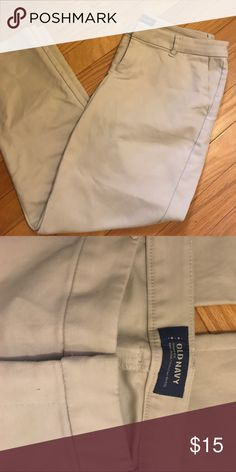 EUC old navy Harper pant EUC. Harper cropped pant. Putty color. Old Navy Pants Ankle & Cropped