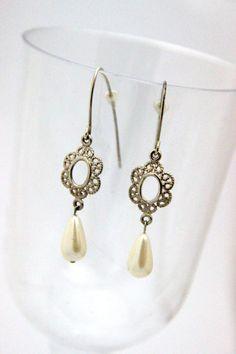 Bridal Earrings / Pearl Earrings / Bridal Pearl by Ranitit on Etsy