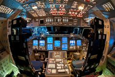 http://leganerd.com/wp-content/uploads/LEGANERD_048459.jpeg These rare photos captures the Flight Deck (cockpit) of the Space Shuttle Endeavour, Atlantis a
