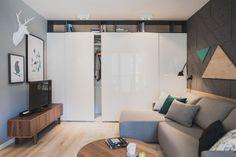 Space-saving shelf design in the living room blends into the backdrop - Decoist Shelf Design, Design Case, Space Saving Shelves, Interior Design Elements, Contemporary Apartment, Living Room Modern, Small Apartments, Architecture Design, Interior Decorating