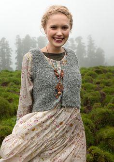 Pretty sure i would look more like Maude than a fresh faced lass... but want to wear this every day. Jag längtar till hösten.. | Bouclè väst i ullmix – Fårö – GUDRUN SJÖDÉN