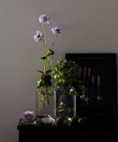 Tall, airy arrangement. Photography by Gentl and Hyers.