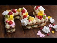 Suivez la recette pour réaliser un superbe gâteau d'anniversaire qui dévoilera l'âge du roi de la fête. Une recette colorée et fruitée ! Deco Cupcake, Dessert Aux Fruits, Number Cakes, Cupcakes, Party Cakes, Baking Recipes, Sushi, Cake Decorating, Numbers
