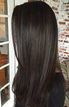 25 Sexy Black Hair With Highlights You Need To Try 25 Sexy schwarze Haare mit Highlights, die Sie au Brown Hair Shades, Brown Ombre Hair, Brown Blonde Hair, Brunette Hair, Dark Hair, Black Brown Hair, Straight Black Hair, Black Ombre, Brown Brown