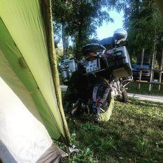 #Camper sind früh auf. #locarno #spiritofgs #r1200gs #makelifearide