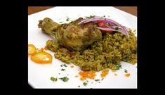 El arroz con pollo es uno de los platos preferidos por los peruanos, quienes suelen disfrutarlo acompañado de su rica papa a la huancaína. Si quieres aprender a preparar esta deliciosa comida, te recomendamos seguir esta receta.