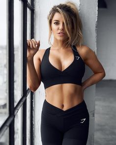 "36.3k Likes, 208 Comments - Gymshark Women (@gymsharkwomen) on Instagram: ""Throwback Tuesday with @nikkiblackketter Who knows what the future may hold?  #Gymsharkwomen"""