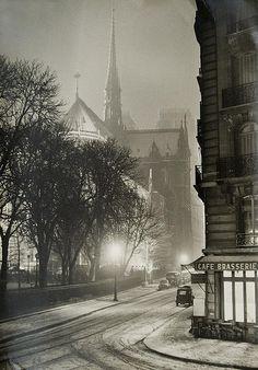 Notre Dame, Paris in the winter, at night, c. 1940s #Paris