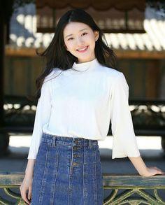 Korean Girl Photo, Korean Girl Fashion, Girl Pictures, Girl Photos, Korean Photoshoot, Best Photo Poses, Beautiful Chinese Girl, Just Girl Things, Chinese Actress