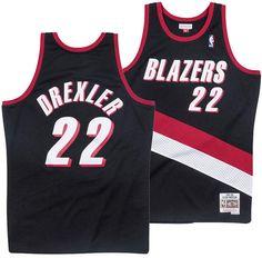 Mitchell   Ness Men Clyde Drexler Portland Trail Blazers Hardwood Classic  Swingman Jersey cacb5162e