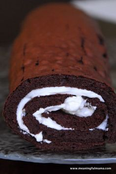 Buche De Noel Yule Log Recipe from Real Simple Xmas Food, Christmas Desserts, Christmas Treats, Christmas Cookies, Yule Log Cake, Low Carb Deserts, Food Log, Easy, Recipes