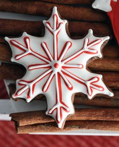 snowflake decorated cookie.