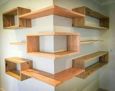 Building some DIY corner shelves might be a great idea for your next weekend project. Corner shelves are a smart solution for your small space. If you want to have shelves but you don't want to be too much on . Diy Corner Shelf, Corner Wall, Corner Shelves Living Room, Corner Space, Bedroom Corner, Master Bedroom, Diy Furniture, Furniture Design, Furniture Plans