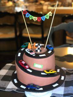 4th Birthday Cakes For Boys, Car Cakes For Boys, Hot Wheels Birthday, Race Car Birthday, Race Car Party, Homemade Birthday Cakes, Boy Birthday, Birthday Ideas, Racing Cake