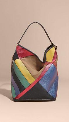 397318dd0c8 Bolso Ashby mediano en Canvas Checks y piel a paneles Azul Verdoso    Burberry Leather Gifts