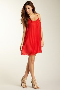 Pleated V-Neck Dress, LBD laundry by design