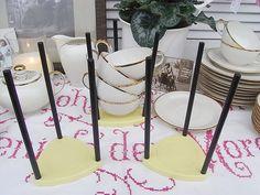 Vintage Tassen - 3 mid century Tassenständer Tassenhalter shabby - ein Designerstück von artdecoundso bei DaWanda