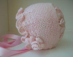 LA RATITA PRESUMIDA: Capota rosa bebé con caracolas.REF 155