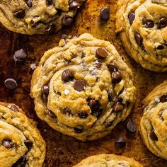 These Vegan Chocolate Chip Cookies are thick, chewy, and loaded with gooey chocolate. No one will guess they're vegan! Desserts The BEST Vegan Chocolate Chip Cookies in the World! Brownie Desserts, Desserts Végétaliens, Vegan Dessert Recipes, Vegan Sweets, Best Vegan Desserts, Recipes Dinner, Best Vegan Chocolate, Vegan Chocolate Chip Cookies, Cookies Vegan