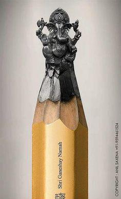 Incredibly detailed pencil lead sculpture of Ganesh. Pencil Carving, Lord Ganesha, Shri Ganesh, Ganesha Art, Wow Art, Art Plastique, Pencil Art, Lead Pencil, Unique Art