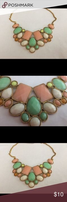 Statement Necklace Brand new. Peach, green and cream faucets. Gold hardware. Jewelry Necklaces
