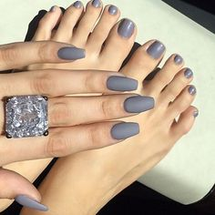 Love this polish color ❤️❤️❤️ @laurag_143 #hudabeauty