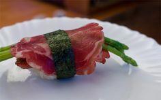 DIY Asparagus and Prosciutto SPAM Musubi! http://www.thatfoodcray.com/2012/03/24/diy-spam-musubi/