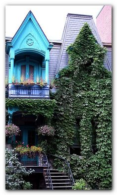 CARRE_St-LOUIS,MONTREAL by Bruno LaLiberte, via Flickr