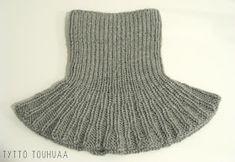 Tyttö touhuaa: Kauluri siskolle Crochet Scarves, Neck Warmer, Shawl, Socks, Embroidery, Mini, Knitting Ideas, Crocheting, Fashion