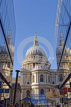St. Pauls Cathedral - Download From Over 41 Million High Quality Stock Photos, Images, Vectors. Sign up for FREE today. Image: 67547090