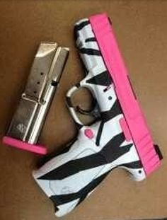 I'd totally get my conceal and carry for this gun!!