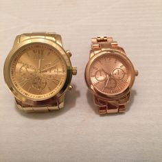 Set of 2 Target watches Rose gold and Gold Both watches working great! Rose Gold and Gold from Target. It is their brand. Bulky gold watch is in trend with cute outfits. Match Rose Gold watch with other Rose gold jewelry. Target Accessories Watches
