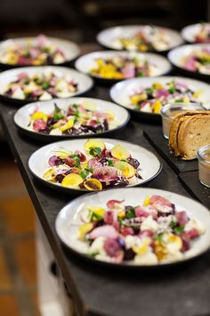 A lunch at Vondeling with Bertus Basson Basson, Lunches, Dips, Sunday, Salad, Ethnic Recipes, Food, Sauces, Domingo