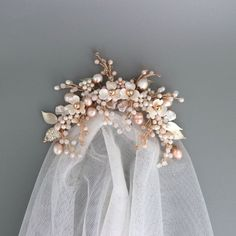 Pearl wedding headpiece with blush color flowers Floral Wedding Hair, Wedding Hair Pieces, Wedding Veil, Blush Bridal, Bridal Comb, Bridal Headpieces, Flower Headpiece, Headband Veil, Bridal Hair Accessories