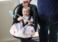 The travel GroBag from @Grant L Mitchell Roden Company allows baby to stay snug while on-the-go! #babygear #PNapproved