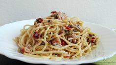 Spaghetti con tonno e capperi, pasta fatta in casa con Pasta Maker, spaghetti con farina tipo 1 con tonno e capperi, primo piatto semplice e veloce.