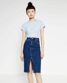 Image 2 de JUPE MI-LONGUE EN JEAN de Zara