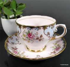 Vintage Tuscan English Bone China Footed Floral Pink with Gold Tea Cup & Saucer