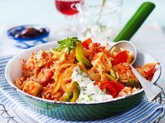 Unser beliebtes Rezept für Tomaten-Reis-Pfanne mit Schafskäse und mehr als 55.000 weitere kostenlose Rezepte auf LECKER.de.