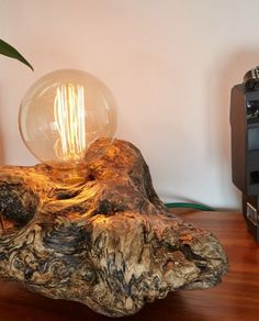 Driftwood Furniture, Driftwood Mirror, Driftwood Crafts, Wood Lamp Base, Wood Lamps, Mason Jar Light Fixture, Mason Jar Lighting, Light Art, Lamp Light