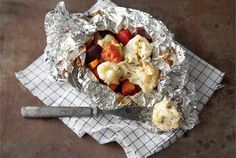 AURA kasvisnyytit Bon Appetit, Potato Salad, Tapas, Side Dishes, Dairy, Cooking Recipes, Cheese, Chicken, Meat