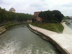 #Rome #IsolaTiberina #Tevere