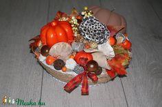 Őszi dísz, asztaldísz (melcsiangel) - Meska.hu Wreaths, Halloween, Home Decor, Decoration Home, Door Wreaths, Room Decor, Deco Mesh Wreaths, Home Interior Design, Floral Arrangements