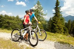 Looking for the #best #mountain #bikes under 500 dollars in 2016? This is the right place.