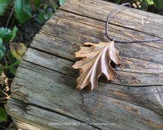 Red Oak Leaf, Oak Leaves, Wood Necklace, Leaf Necklace, Boho Jewelry, Jewlery, Leaf Pendant, Organic Oil, Dremel