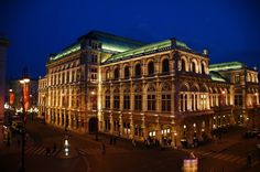 Staatsoper bei Nacht-Wien...