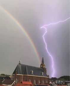 Thunder And Lightning, Rainbows, Opera House, Building, Travel, Rainbow, Thunder And Lighting, Viajes, Buildings