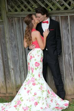 Sherri Hill Prom Couple