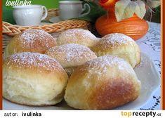 Kynuté buchty plněné marmeládou recept - TopRecepty.cz Home Baking, Hamburger, Bread, Cooking, Food, Basket, Get Well Soon, Kuchen, Kitchen
