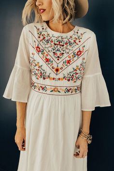 The DeMille Embroidery Dress - Herren- und Damenmode - Kleidung Modest Dresses, Cute Dresses, Cute Outfits, Maxi Dresses, Floral Dresses, Elegant Dresses, Ladies Dresses, Modest Outfits, Casual Dresses